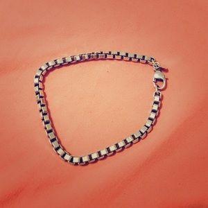 Tiffany's Venitian box chain bracelet